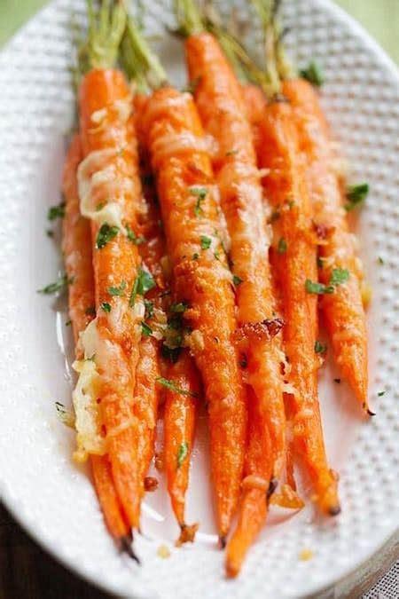 comment cuisiner les carottes facile et rapide la recette des carottes rôties à l 39 ail et au parmesan