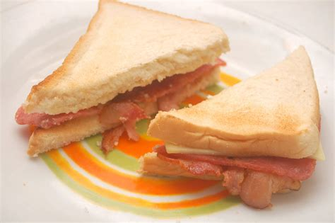 ham sandwich how to make a bacon and ham sandwich 5 steps with pictures