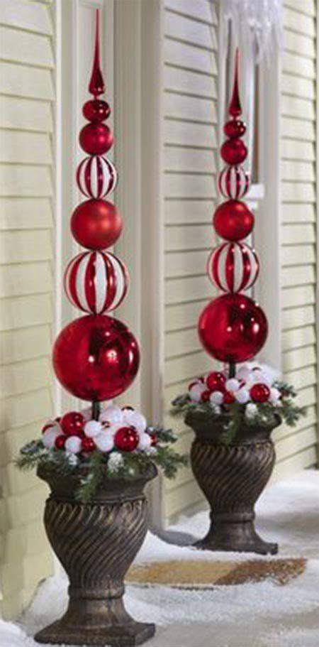 simple ways  decorate  outdoors  christmas