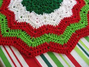 crocheted christmas tree skirt patterns crochet club