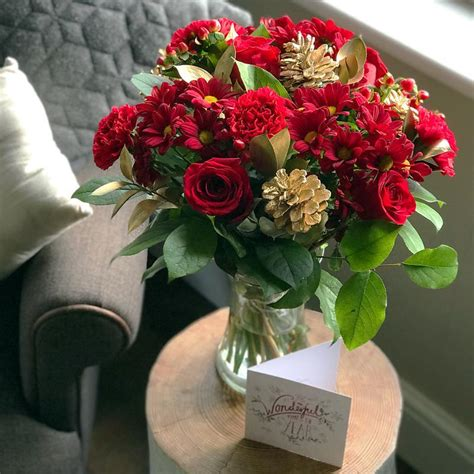 All That Glitters | Christmas Flowers | Free UK Delivery
