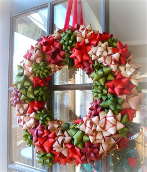 completely cute homemade bow wreath allfreeholidaycraftscom