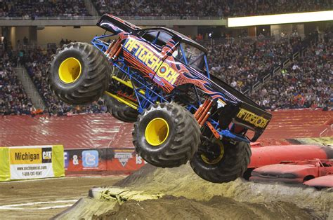 monster truck show near me monster jam returns to verizon center jan 24 25 2015