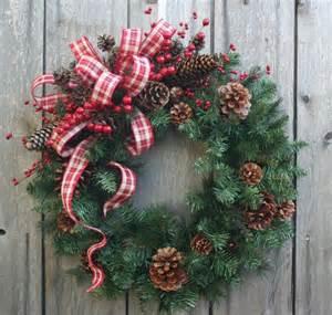 best 25 christmas wreaths ideas on pinterest diy christmas wreaths christmas wreaths to make