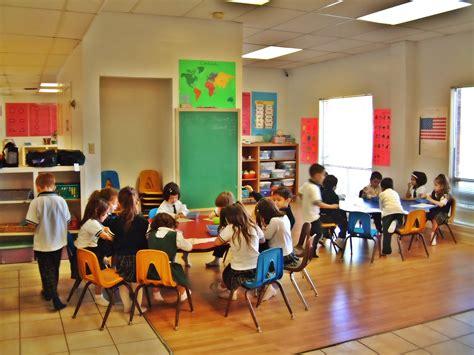 montessori preschools why choose a montessori preschool le 603 | Montessori School Classroom