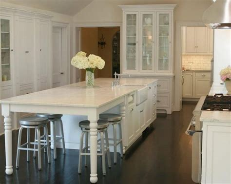 kitchen islands with seating for 3 i like the opening on the end for all the stools reminds 9470