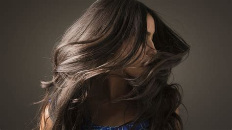 Glossy Black Hair by How To Get Glowing Skin And Glossy Hair This Winter