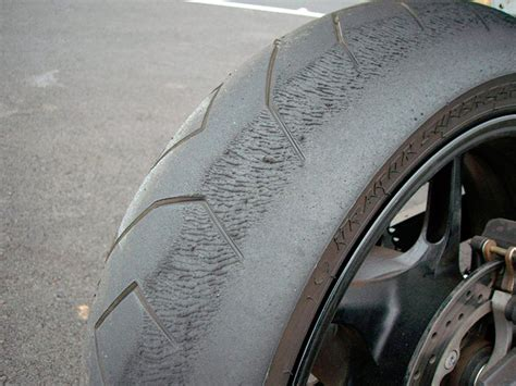 5 Signs It's Time To Change Your Motorcycle Tyres