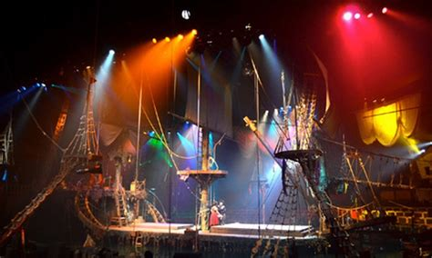 The theatre is set in a replication of an eighteenth century galleon that is 46 feet long and 18. Pirates Dinner Adventure Show - Pirates Dinner Adventure ...
