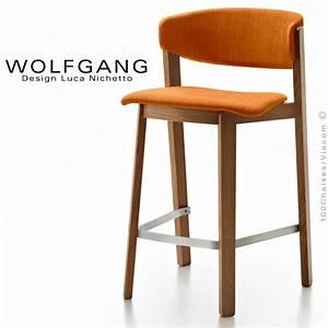 tabouret design en bois wolfgang pour cuisine et ilot With deco cuisine pour tabouret