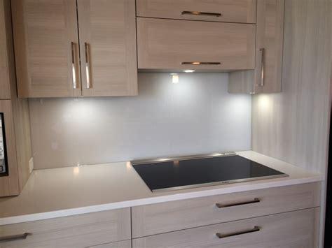 cuisine ceramique dosseret de cuisine en ceramique image image sur le design maison