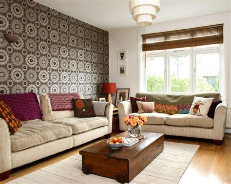 tapetenmuster wohnzimmer retro tapete in braun roomido