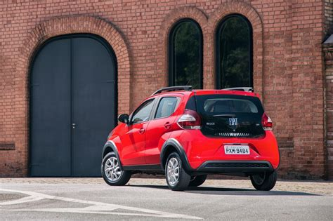 Fiat Brazil by Brazil S Fiat Mobi Has The Renault Kwid In Its Sights