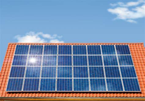 Solaranlagen Auf Dem Dach Gefahren Und Probleme by Solaranlage Auf Dem Dach Lohnt Sich Eine Solaranlage
