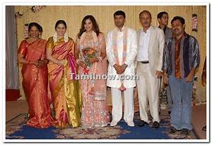 Meena with devayani family - Tamil Movie Event Meena ...