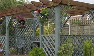 Une Pergola Dans Mon Jardin La Pause Jardin