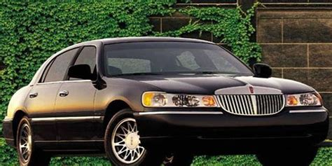Airport Town Car by Luxury Town Car Transfer From Kingston Airport To Ocho