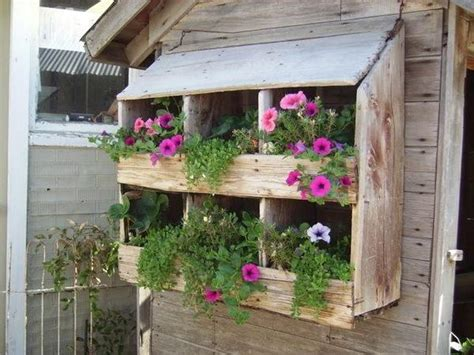 fence hanging planters pallet wall hanging planters to nature pallets designs