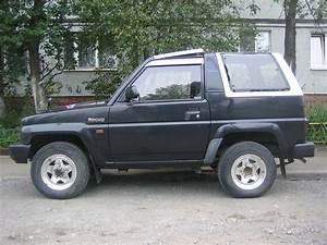 Daihatsu Rocky Parts