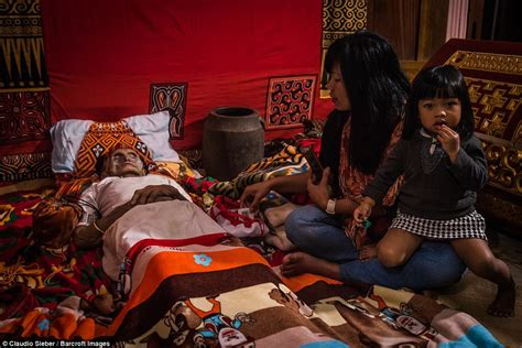 Chinese Rituals for Keeping Dead Bodies