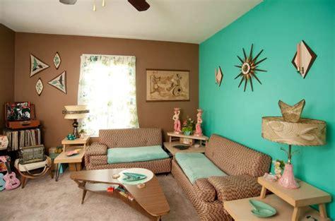 warna cat ruang tamu biru tosca