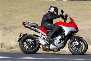 Mv Agusta Turismo Veloce : review 2016 mv agusta turismo veloce 800 bike review ~ Medecine-chirurgie-esthetiques.com Avis de Voitures