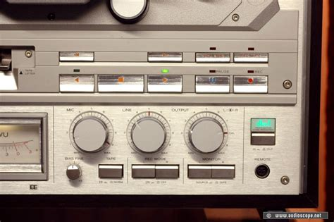 Teac X-2000 R Silver, Woodcase For Sale