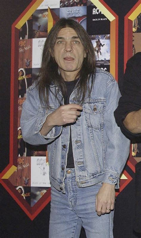acdc founding member malcolm young dead   chicago