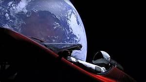 Voiture Tesla Dans L Espace : elon musk a bien envoy une voiture dans l 39 espace ~ Medecine-chirurgie-esthetiques.com Avis de Voitures