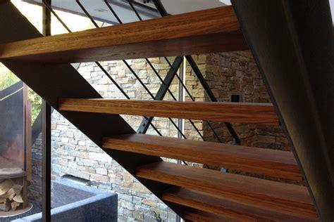 Treppen Fuer Den Wohnraum Qual Der Wahl Bei Form Und Material by Parkett In Wohnr 228 Umen