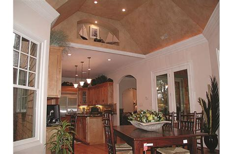 sq ft country craftsman home  interior  plan    bedrms