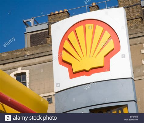 Garage Petrol by Shell Garage Stock Photos Shell Garage Stock Images Alamy