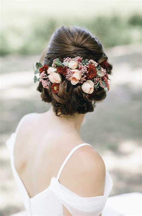 romantic wedding hairstyles brides