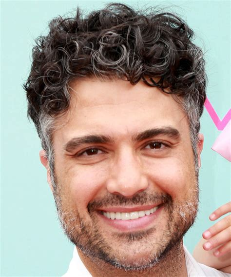 jaime camil hairstyles hair cuts  colors