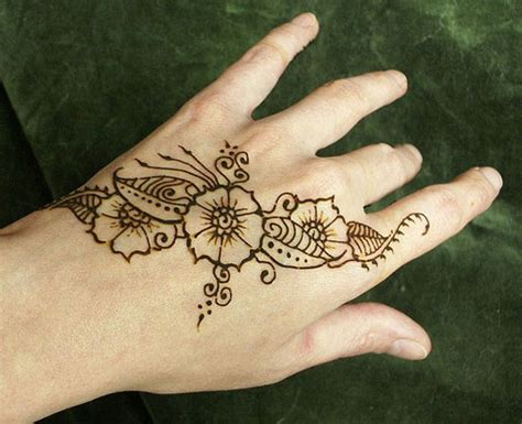 Images Of Very Simple Hand Henna Summer