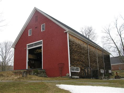 how to build a sliding barn file barn union maine jpg wikimedia commons