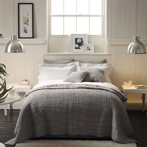Amazing Neutral Bedroom Decorating Ideas  Bee Home Plan