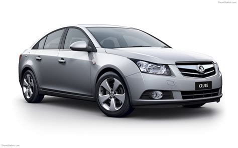 holden car 2010 holden cruze widescreen exotic car picture 13 of 34