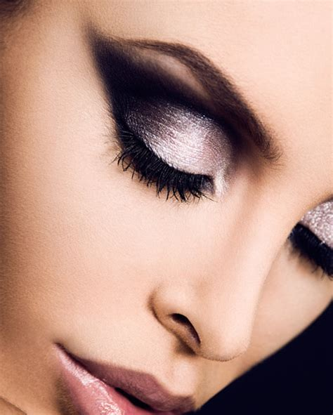 10 Stunning Makeup Ideas For Attractive Eyes  Pretty Designs