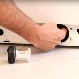 Machine A Laver Ne Vidange Plus : waschmaschine wasser l uft aus fehlersuche wenn waschmaschine undicht sos zubeh r ~ Melissatoandfro.com Idées de Décoration