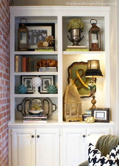 Great Blog About Styling Bookcases, With Lots Of Examples
