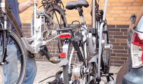 e bike fahrradträger fahrradtr 228 ger f 252 r e bikes im test 2017 mit diesen