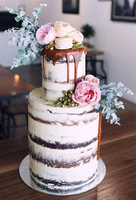 trendy drip wedding cakes    dessert table