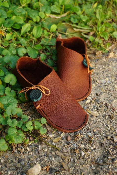 lederschuhe weich machen soccasin moccasin grounding earthing shoes handmade leather moccasins house slippers