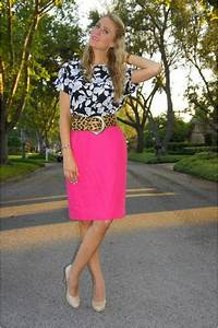 Black Floral Thrifted Vintage Tops Hot Pink Pencil Skirt