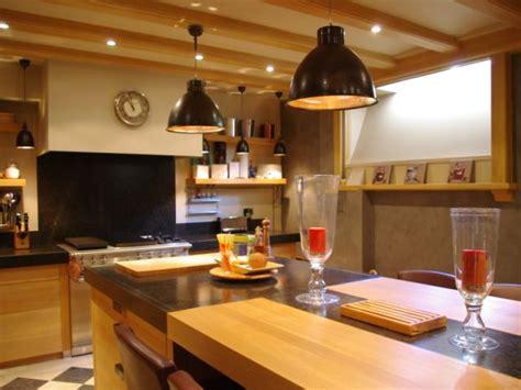 cuisine en sous sol transformer un sous sol en pièce à vivre les plus belles réalisations maisonapart