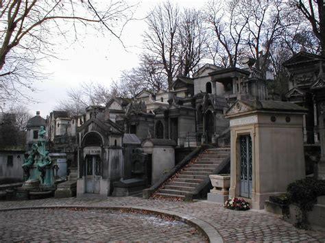 le pere la chaise wice vu191 walks père lachaise cemetery