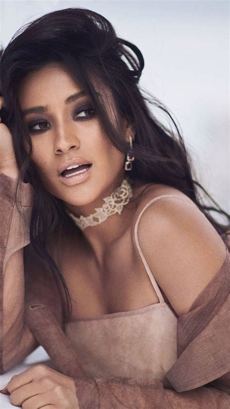 wallpaper shay mitchell  hd celebrities