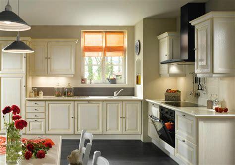 cadres cuisine cuisine calisson cadre droit photo 12 20 chêne massif teinté blanc prix 1099