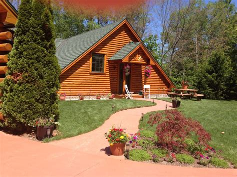 sleeping dunes cabins all seasons log cabin rental 1 br vacation cabin for rent